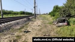 Последствия столкновения автомобиля с поездом «Санкт-Петербург – Севастополь» в Красногвардейском районе Крыма