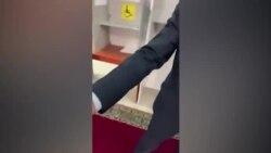 Видео без комментариев. Избиратели фотографировали бюллетени