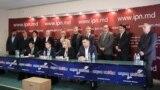 21 decembrie 2015. Cel mai numeros grup de 14 deputați comuniști anunță părăsirea formațiunii lui Vladimir Voronin