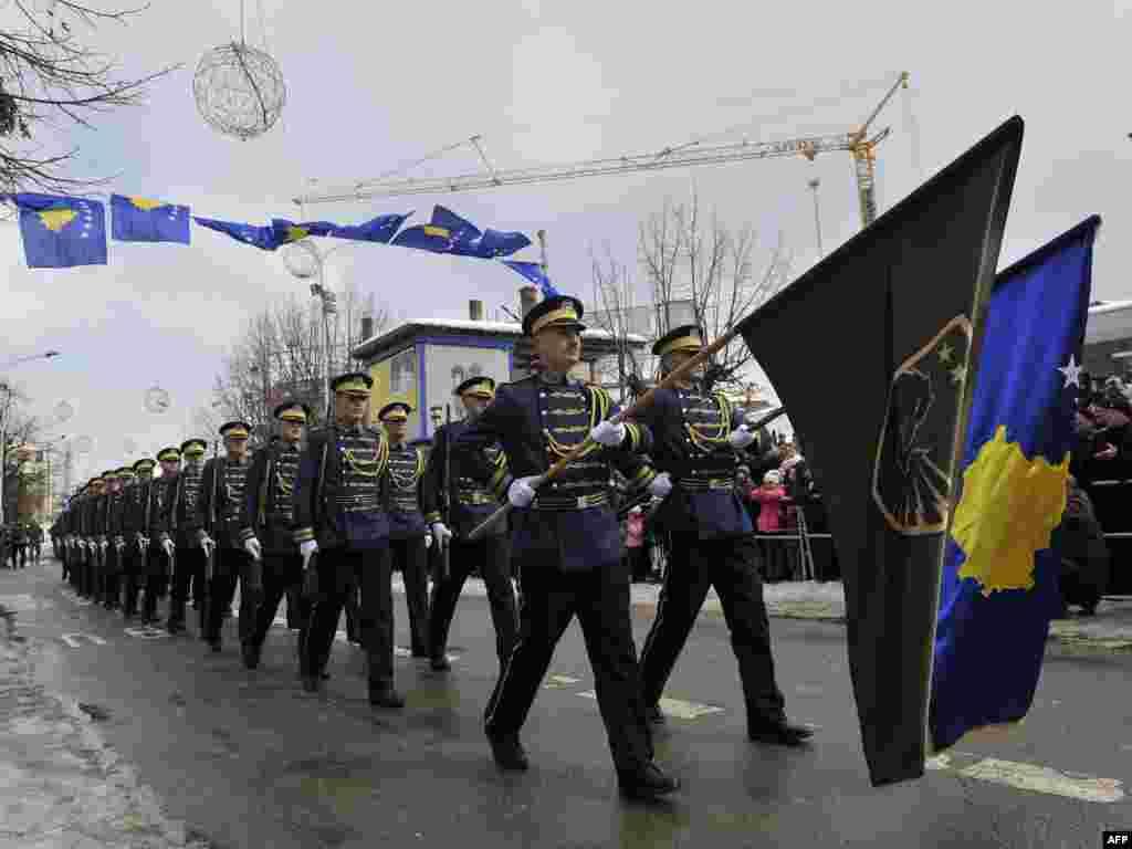 Parakalimi i Gardës së Nderit (Forca e Sigurisë e Kosovës), Prishtinë shkurt 2012...