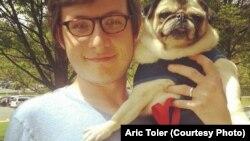 Арик Толер, исследователь Bellingcat.
