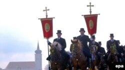 Польша считает, что немецкие поляки заслуживают признания своих особых прав не меньше, чем сорбы. На снимке: лужицкие славяне отмечают Пасху