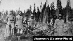 Спецпереселенцы на лесозаготовках