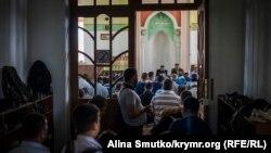Bağçasarayda dua, 12 mayıs 2017 senesi