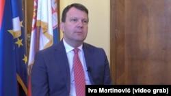 Bez komentara - Igor Mirović, predsednik Vlade Vojvodine i funkcioner vladajuće Srpske napredne stranke (SNS).