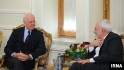 UN envoy to Syria Staffan de Mistura meets Iranian Foreign Minister Mohammad Javad Zarif in Tehran on January 10.