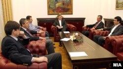 Координативна средба на државниот врв за името кај претседателот Ѓорге Иванов.