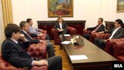 Macedonia - Координативна средба за името кај претседателот Ѓорге Иванов. Груевски, Попоски, Муса Џафери, Трајко Вељаноски - 08Jan2012