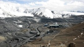 The Kumtor mine lies in the Tien Shan Mountains.