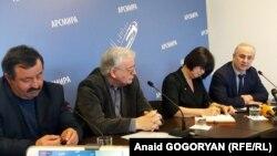 Слева направо: Роман Герия, Саид Лакоба и Михаил Панов