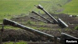 Архива: Ерменска артилерија во отцепениот регион Нагорно-Карабах. 08.04.2016