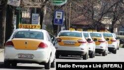 Taksitë në Maqedoni