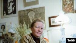 Ия Саввина, 1983