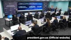 Президент Володимир Зеленський ознайомився з роботою системи автоматичної фіксації перевищення швидкості, Київ, 12 березня 2020 року
