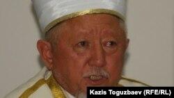Абсаттар Дербисали, председатель Духовного управления мусульман Казахстана, верховный муфтий. Алматы, 25 июля 2011 года.