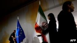 Зал заседаний после завершения переговоров по иранской ядерной программе. Женева, 10 ноября 2013 года.
