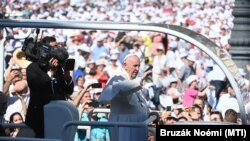 Рим папасы Франциск. Венгрия. 2021-жылдын 12-сентябры.