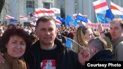 2007 год. Ганна Шапуцька з мужам Віктарам на Дні Волі