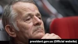 Мустафа Джемілєв