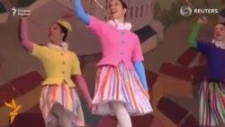 Дания қироличаси Золушка балети учун костюмлар ўйлаб топди
