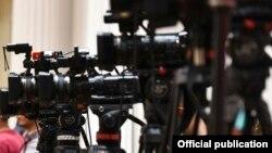 Новинари, камери
