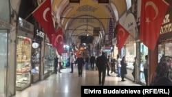Prisustvo turskih snaga bezbednosti povećano je u centralnoj gradskoj četvrti Istanbula Mecidijieke
