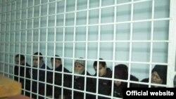 На скамье подсудимых - семеро членов семьи Рахматовых