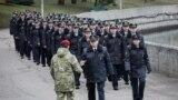 Набярэжная Сьвіслачы ў раёне вуліцы Камуністычнай сёньня была поўная міліцыі
