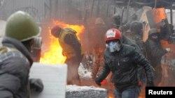 Вулиця Грушевського у Києві. 22 січня 2014 року