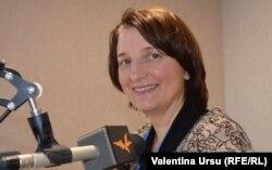 Lucia Gavrilița în studioul Europei Libere