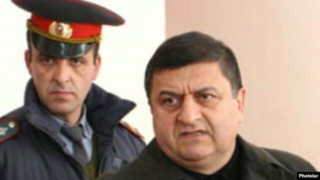Գագիկ Ջհանգիրյանը դատարանի դահլիճում, նոյեմբեր, 2008 թվական