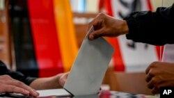 Votimi për zgjedhjet parlamentare në Gjermani.
