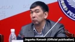 Азиз Суракматов.