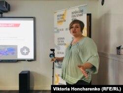 Світлана Коршунова під час презентації проекту