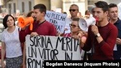 Protest la Craiova împotriva adopției Sorinei de către familia de români stabilită în SUA