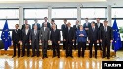 Лідери деяких країн ЄС, що зщібрались на неформальний саміт щодо міграції, у Брюсселі 24 червня 2018 року