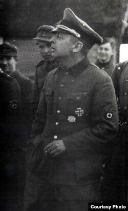 Бронислав Каминский в форме без знаков различия