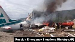 На борту самолета АН-24, совершавшего рейс Улан-Удэ-Нижнеангарск-Иркутск, находилось 42 человека.