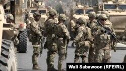 НАТОнун кербени жанкечтинин кол салуусуна кабылган учур. Кабул, 24-сентябрь, 2017-жыл.