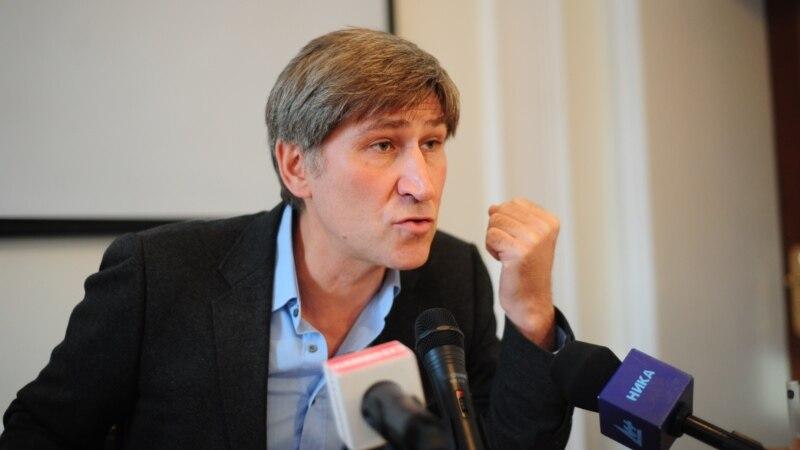 Василий Попов из партии Яблоко получил убежище в Финляндии