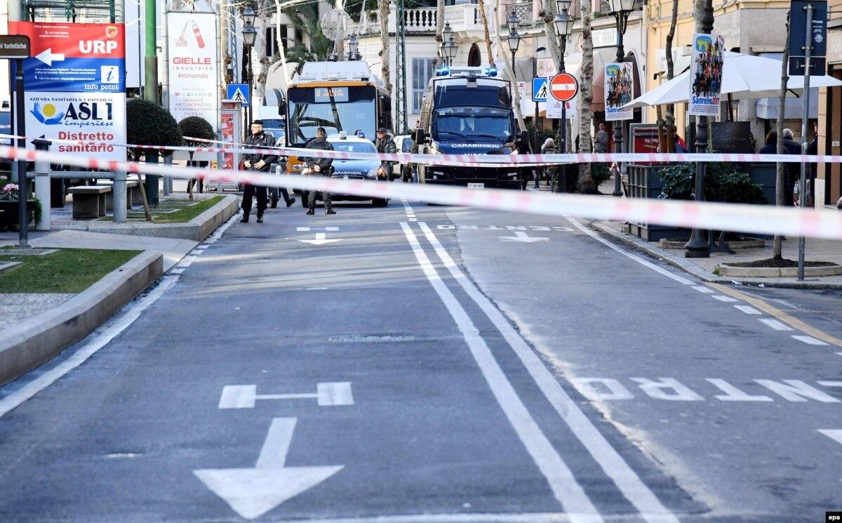 Policia italiane konfiskon raketë dhe armë të tjera tek ekstremi i djathtë