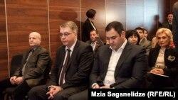 ალექსანდრე ჭიკაიძე, შინაგან საქმეთა მინისტრი (მარჯვნივ) და დავით სერგეენკო, ჯანდაცვის მინისტრი
