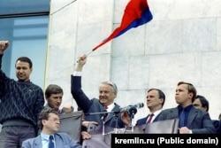 Борис Ельцин во время путча в Москве, 1991 год