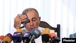 Armenia -- Head of the Armenian Police Alik Sargsian at a press conference, 21Aug2009