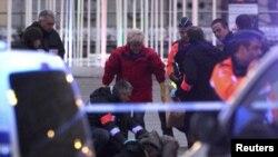 Policija na trgu u Liježu nakon masakra
