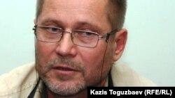 Правозащитник и журналист Сергей Дуванов.