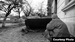 На улицах Грозного зимой 1994-95 гг.