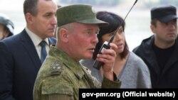 """Dmitri Zelenkov, în timpul unor aplicații comune cu """"armata transnistreană"""""""
