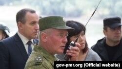 La exerciții militare ruse pe Nistru