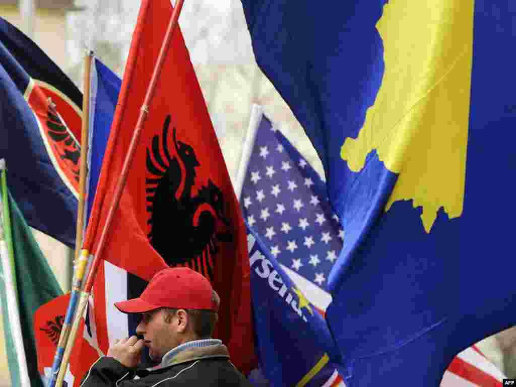Priština, 17.02.2011. Foto: AFP / Armend Nimani